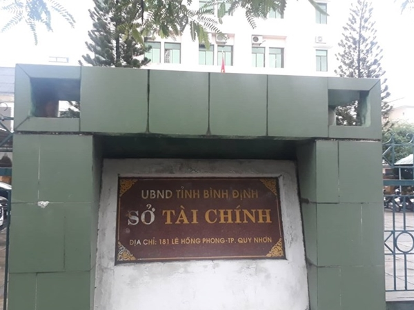 Vụ Phó phòng Sở Tài chính treo cổ trong nhà vệ sinh cơ quan: Hé lộ nội dung thư tuyệt mệnh