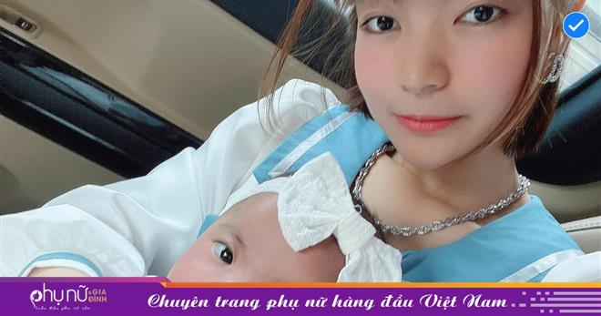 Gặp bình luận kém duyên 'gia đình bất hạnh' khi đăng ảnh con, vợ Mạc Văn Khoa bức xúc đáp trả