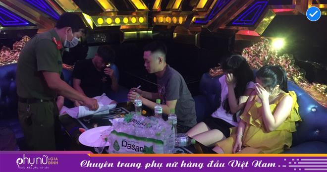 Tụ tập 'bay lắc' giữa đêm trong quán karaoke, 29/35 người dương tính với ma túy