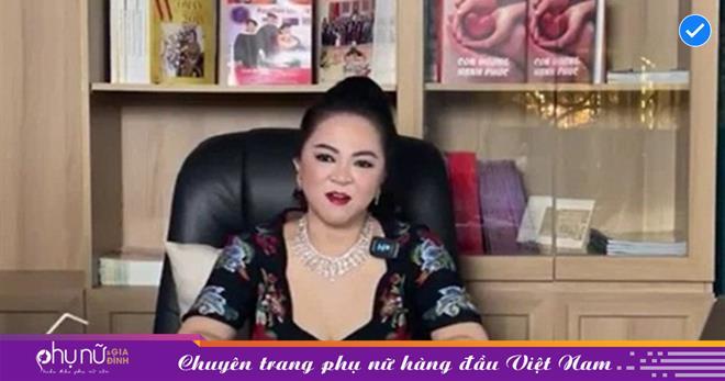 'Vén màn' bí mật chuyện bà Phương Hằng chỉ 'cấm tiệt' nghệ sĩ miền Nam đến Đại Nam nhưng vẫn 'tha bổng' nghệ sĩ phía Bắc