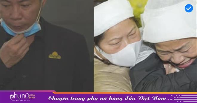 Tang lễ NSND Trần Hạnh: Con dâu không ngừng khóc, đông đảo nghệ sĩ có mặt rất sớm để tiễn đưa