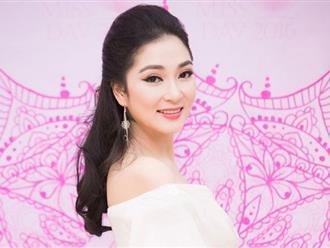 Nguyễn Thị Huyền xuất hiện với nhan sắc rạng rỡ