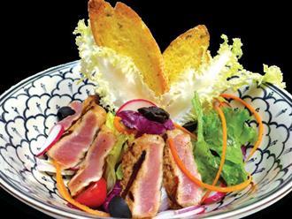 Làm salad thịt heo ngon như nhà hàng