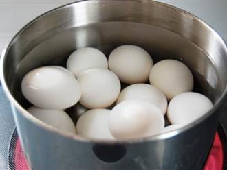5 sai lầm phổ biến khi luộc trứng nhiều người mắc phải