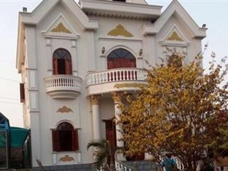Phó Ban Nội chính tỉnh: Thời trẻ chạy xe ôm thâu đêm tích góp xây biệt thự