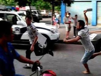 Truy bắt kẻ chém người trên phố Tràng Tiền