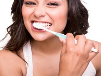 Nhìn vào clip này, bạn sẽ biết mình đánh răng đúng cách chưa?