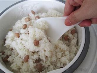 Cách nấu xôi lạc đơn giản thơm ngon bằng nồi cơm điện