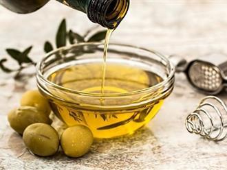6 công thức hoàn hảo giúp trị rụng tóc bằng dầu oliu
