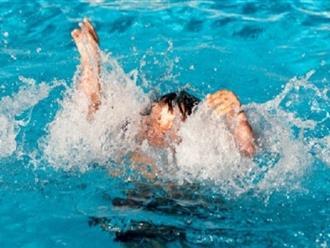 Nắng nóng nhà nhà cho trẻ đi bơi, nhưng hãy cẩn thận kẻo tai nạn đuối nước