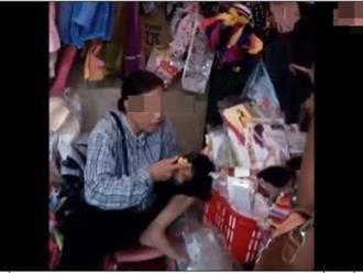 1001 kiểu chặt chém: Cô gái bị dọa đâm mù mắt, kéo lê ép mua hàng với giá cắt cổ