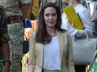 Angelina Jolie gây sốc với diện mạo trẻ như gái 20 kể từ khi ly hôn chồng