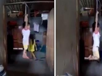 """Người phụ nữ trói tay con nuôi treo lên xà nhà: """"Con thì tôi không thiếu, những 4, 5 đứa"""""""