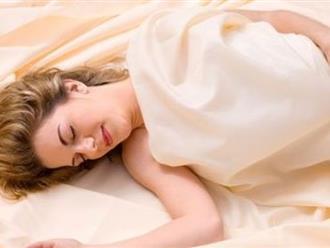 Mẹo hay giúp người mất ngủ kinh niên nằm cái đã sáng