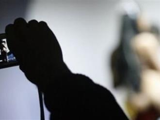 Bắt thanh niên dùng clip sex tống tiền người tình 18 tuổi