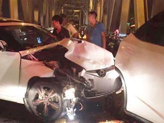 Vụ tai nạn khiến 3 người tử vong trên cầu Chương Dương: Nghi vấn xe Lexus chạy ngược chiều