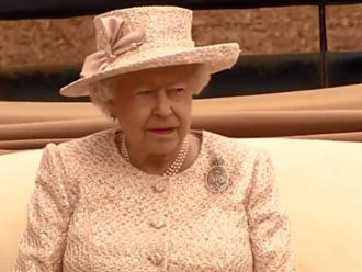 Khối tài sản gần 500 triệu USD của Nữ hoàng Anh