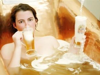 Cách tắm trắng bằng bia tại nhà da sạm đen cũng phải bật tông nhanh chóng