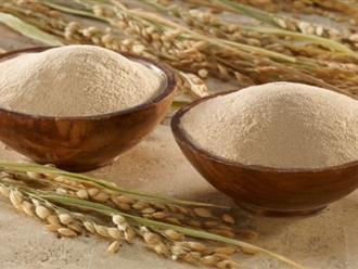 Trắng bật lên 2 tone khi tắm trắng tại nhà bằng cám gạo