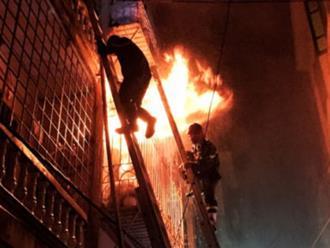 Vụ cháy nhà ở phố Vọng: Con không nỡ bỏ mẹ già ở lại một mình
