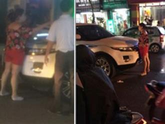 Hà Nội: Vợ ôm con chặn cửa xe ô tô đánh ghen, bồ nhí quáng quàng tháo chạy
