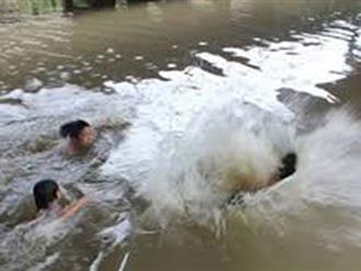 3 em nhỏ tử vong do đuối nước khi đi tắm sông