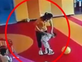 Clip: Trẻ tự kỷ bị cô giáo đánh đập, trói tay kéo lê như... dắt chó gây phẫn nộ dư luận