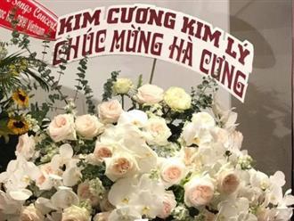 'Đại gia kim cương' và Kim Lý nay đã 'nghèo' đến mức phải hùn tiền mua hoa tặng Hồ Ngọc Hà?