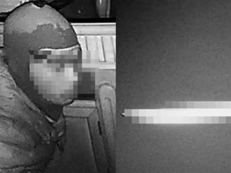 Vào nhà trộm cắp tài sản, dùng dao đâm trọng thương công an xã nhưng sau đó kẻ gian lại làm điều không ai ngờ đến