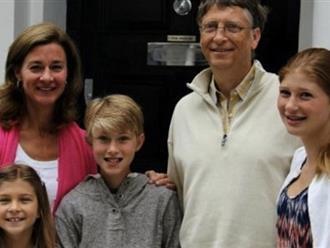 Học ngay 4 nguyên tắc của tỷ phú công nghệ Bill Gates để không phải đau đầu vì con nghiện điện thoại