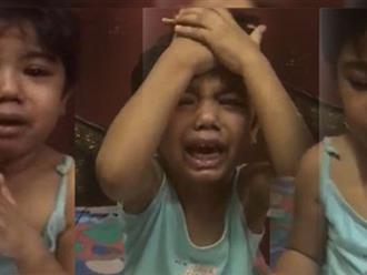 Clip: Không biết đếm số, bé gái 5 tuổi bị mẹ tát vào mặt, liên tục khóc xin tha