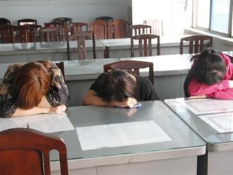 Bảo vệ khách sạn kiêm môi giới mại dâm ở trung tâm Sài Gòn