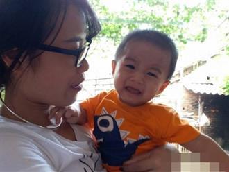 Mẹ bỏ rơi con trai 1 tuổi dưới gầm xe: Bé khỏe mạnh nhưng khóc nhớ mẹ nhiều