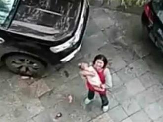 Bé 6 tháng tuổi bị bố mẹ ném từ tầng 15 xuống tử vong vì lý do gây phẫn nộ