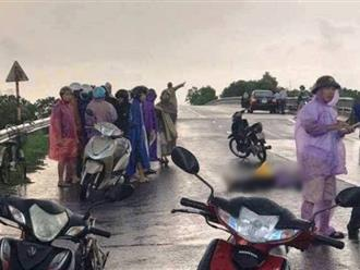 Hải Dương: Đôi nam nữ bị sét đánh khi đang đi xe máy, một người tử vong