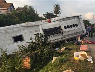 Xe giường nằm va chạm với xe đầu kéo, 2 người tử vong tại chỗ