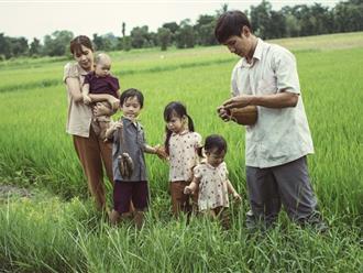 Dù giàu có, Lý Hải - Minh Hà vẫn dạy con biết mò cua bắt ốc, sống tự lập từ khi còn nhỏ