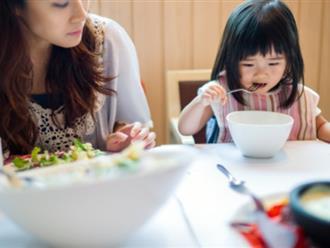 Sai lầm của cha mẹ khiến trẻ mãi thấp còi, kém thông minh
