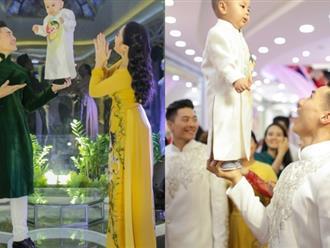 Thót tim trước màn trình diễn của Giang Quốc Cơ - Giang Quốc Nghiệp với con trai chưa đầy 1 tuổi