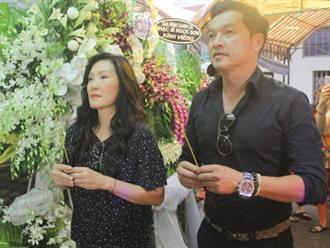 Quang Minh, Hồng Đào đến viếng nghệ sĩ Khánh Nam ngày mưa