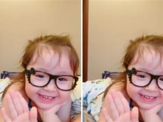 Mới hơn 3 tuổi, con gái Elly Trần đã có thể 'bắn' tiếng Anh thế này đây