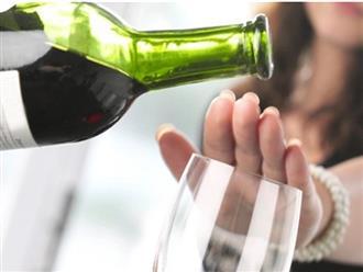 7 thời điểm uống rượu cực hại cho sức khỏe, có bị ép đến mấy bạn cũng không nên uống
