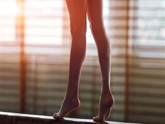 Tập nhón gót chân ít phút mỗi ngày: Nhiều bộ phận cơ thể thay đổi ngạc nhiên sau 1 tháng