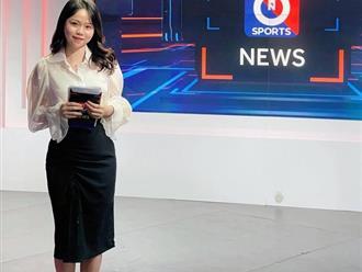 Huỳnh Anh khoe ảnh làm MC chương trình thể thao, netizen lập tức cà khịa: 'Chờ ngày Quang Hải được gọi tên'