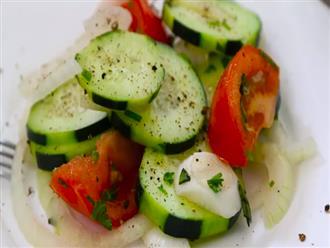 Món salad rau củ nhiều màu sắc giải nhiệt mùa hè