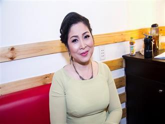 Sao Việt nói gì khi nghệ sĩ Hồng Vân đóng cửa sân khấu kịch sau 2 năm thua lỗ?