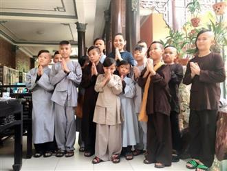 Nuôi 21 đứa con, Phi Nhung lần đầu trăn trở trước những khó khăn trong chuyện chăm con