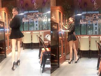 'Thót tim' nhìn Phi Thanh Vân diện váy ngắn cũn cỡn đăng đàn nói về triết lý cuộc sống