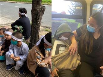 Quặn lòng nhìn những hình ảnh chưa từng công bố sau đám tang cố nghệ sĩ Phi Nhung, thương nhất là đàn con nuôi bơ vơ đội tang mẹ 'ngồi bờ ngồi bụi' ôm nhau khóc