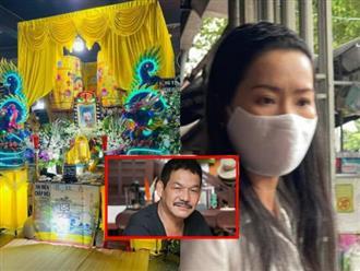 Tang lễ 'ảm đạm' của cố đạo diễn Trần Cảnh Đôn: Thưa thớt sao Việt đến viếng, Kiều Trinh bần thần, mắt đỏ hoe
